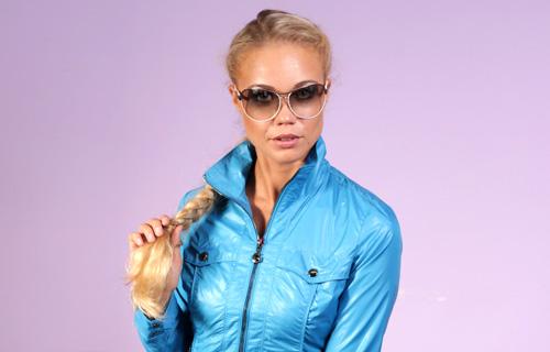 Зимняя молодежная куртка для девушки
