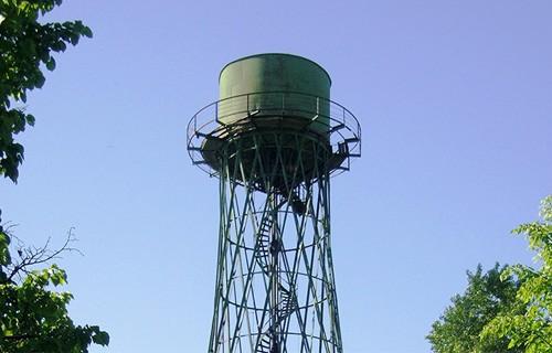 Двое хулиганов украли водонапорную башню