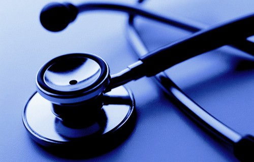Осужден врач, виновный в гибели беременной девушки