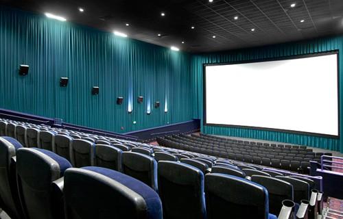 Число российских кинотеатров должно быть удвоено