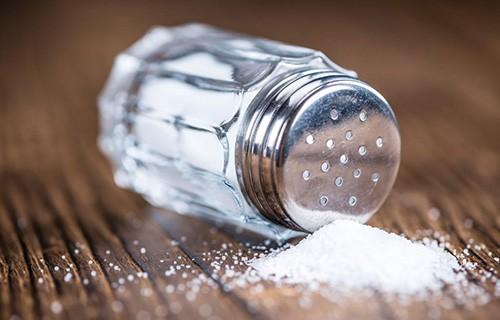 Названо безопасное ежедневное количество соли