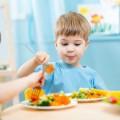 В кировских садиках детей недокармливают фруктами
