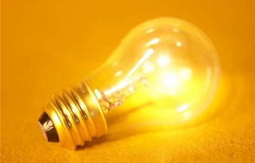 С 1 января лампы накаливания уйдут в прошлое